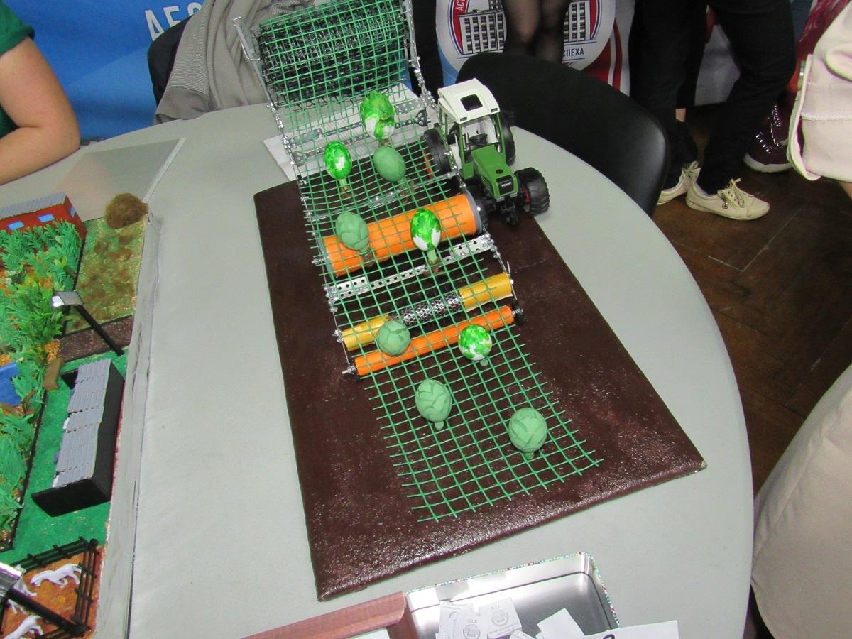 Астраханские студенты изобрели новый способ сбора капусты
