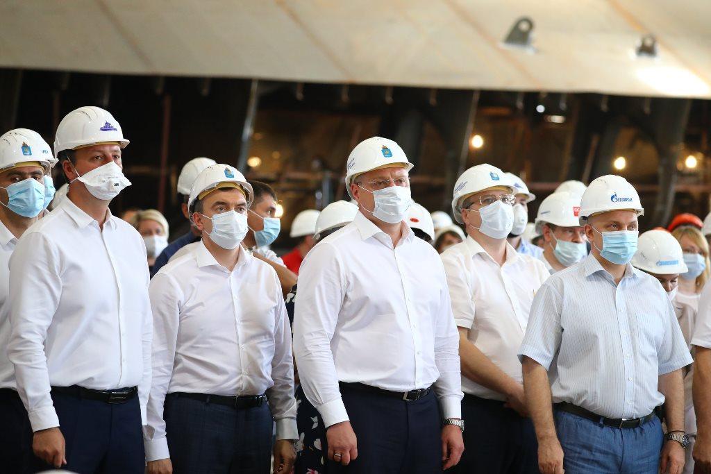 В Астрахани заложили ледостойкую платформу для месторождения «Газпрома» Каменномысское-море