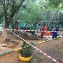 СКР возбудил дело после гибели ребенка под упавшей плитой на детской площадке в Астрахани